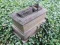 Hrob Anny Degenovej na