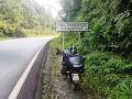 Slovenská motorka na rovníku