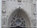 Vchod do veže Baziliky