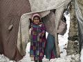Malá afganská utečenkyňa v
