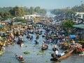 Plávajúce trhy na rieke