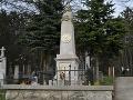 Na snímke pomník Jána
