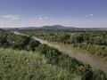 Rieka Morava a v