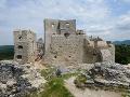 Na snímke hrad Hrušov