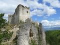Zrúcanina Lietavského hradu neďaleko