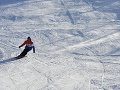 Lyžiar v lyžiarskom stredisku