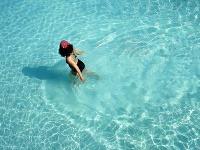 More je modré a