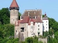 Hrad Clam v regióne