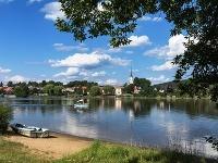 Mestečko Frymburk na brehu Lipna - atraktívny cieľ pre aktívnych turistov