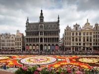 Brusel zdobí obrovský kvetinový