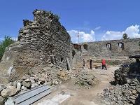Unikátny nález v Markušovciach: Pri obnove hradu objavili základy veže z prelomu 13. a 14. storočia