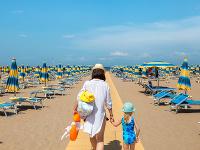 Taliansko otvára pláže: Koronavírus