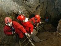 JASKYNE Krásnohorská jaskyňa z