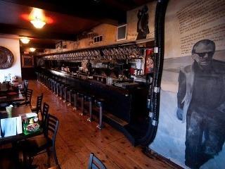 Bukowski Tavern, Boston