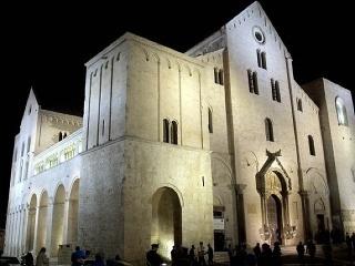 Bazilika svätého Mikuláša, Bari