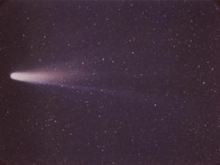 Okolo letel asteroid