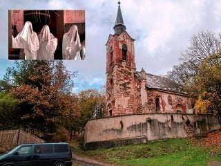 Kostol duchov: Jedno z