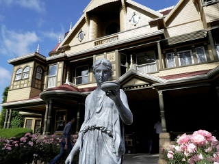 Sídlo rodiny Winchesterovcov, San
