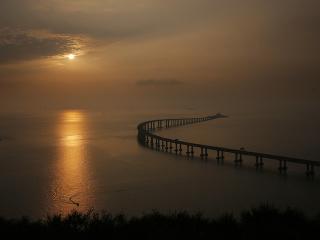 Najdlhší morský most na