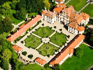 Zámok Jemniště, Česká republika