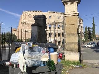 Rím je zasypaný odpadkami,