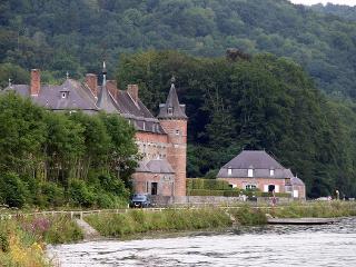 Belgický zámok Freÿr –