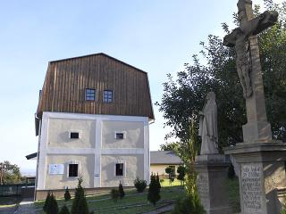 Mlyn v obci Buzica