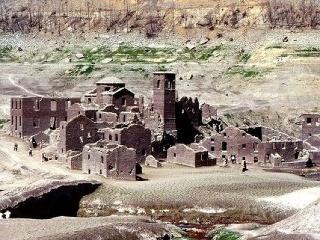 Zatopená dedina Fabbriche di