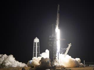 Spoločnosť SpaceX dopravila na
