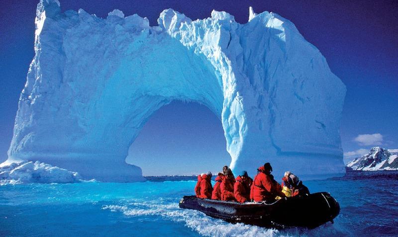 Najväčší ľadoborec sveta pláva na Severný pól: Na palube môžete byť aj vy |  Dromedár.sk