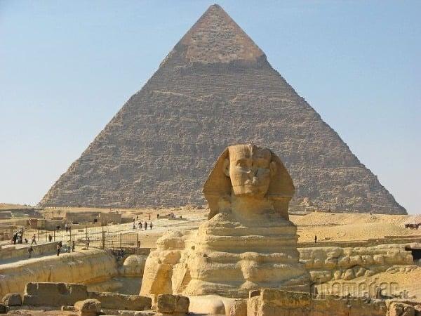 Egyptské pyramídy a Veľká sfinga | Dromedár sk
