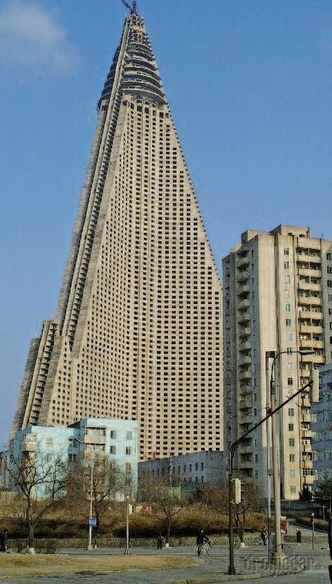 Hotel Ryugyong, Severná Kórea