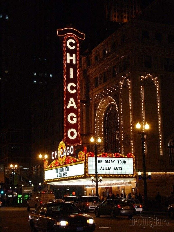Chicago Theatre - divadlo