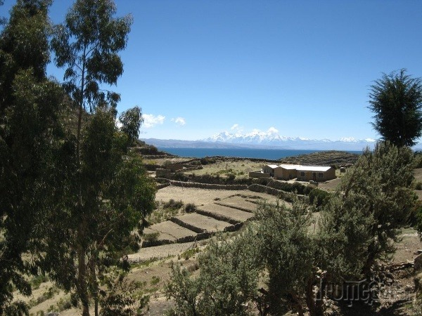 Modré Titikaka a biele