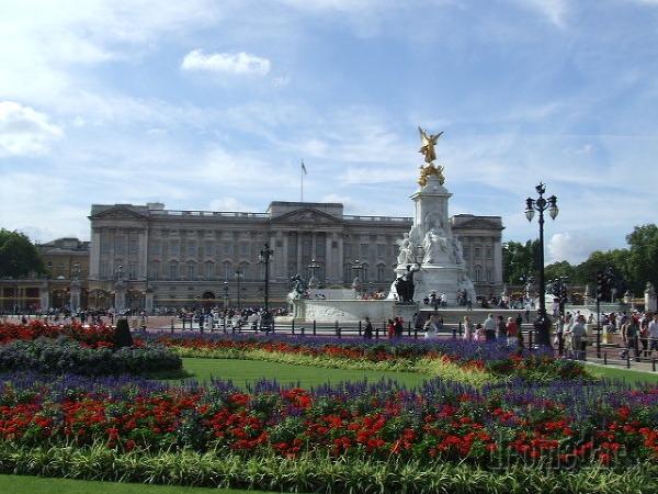 Buckinghamský palác, Londýn