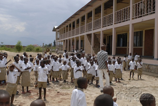 Škola Carolus-Magnus, Burundi