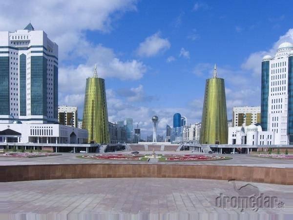 Dych berúca Astana uprostred kazašskej stepi  37d960a8550