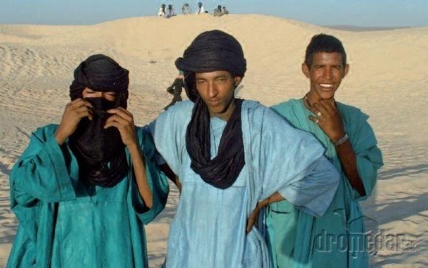 Tuaregovia a Dogoni patria