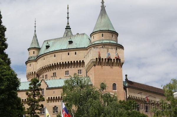 Rozprávky na zámku v