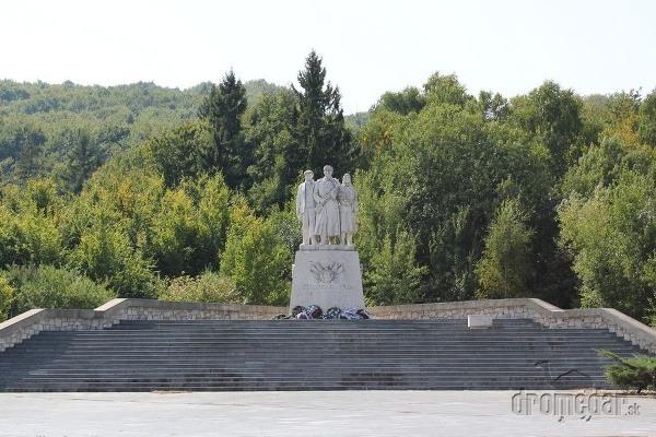 Pamätník padlým sovietskej armády