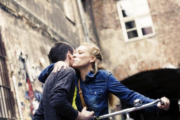 Поцелуй в щеку