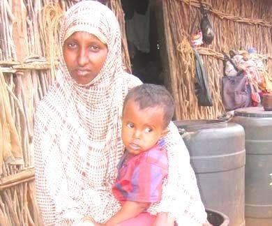 Somálska žena s dieťaťom