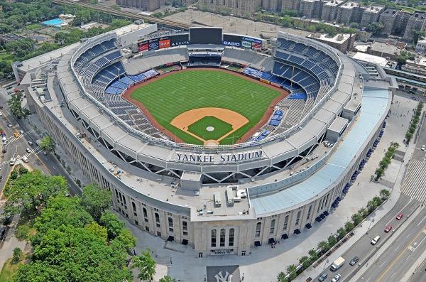 Bajzbalový štadión Yankee Stadium,