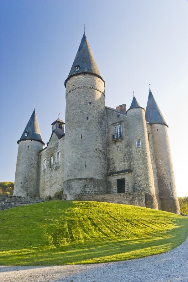 Hrad Veves, Belgicko