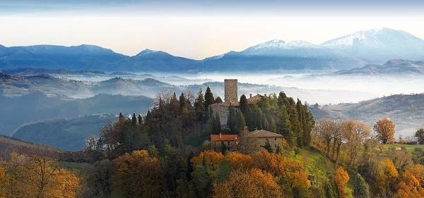 Castello di Petroia, Taliansko