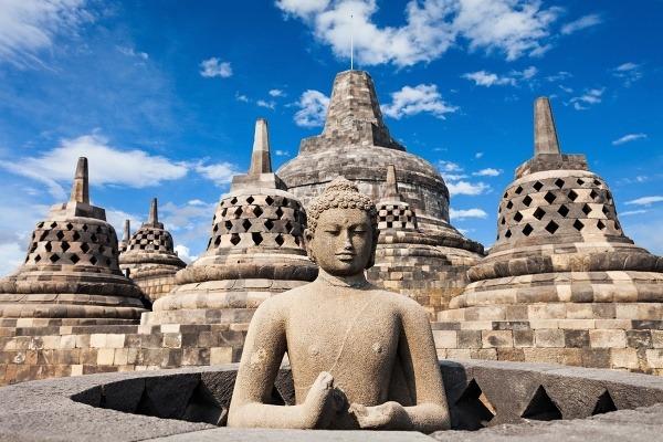 Borobudur sa nachádza presne