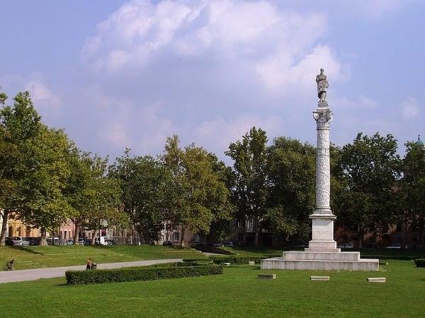 datovania v Taliansku Milano