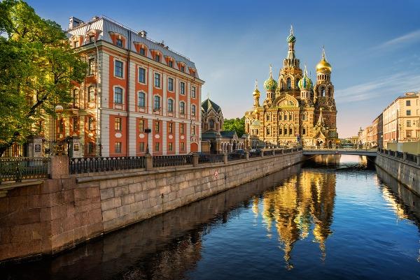 Petrohrad patrí k najkrajším