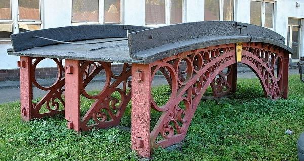 Hronec - liatinový most