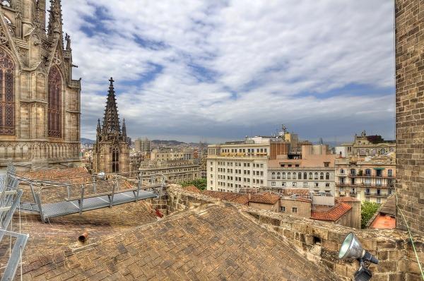 Výhľad zo strechy katedrály